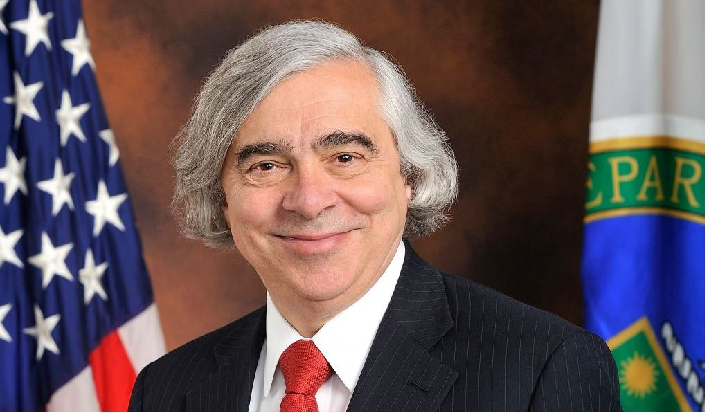 Outgoing Secretary of Energy Ernest Moniz has overseen a solar-industry boom - but his continued support for fracking converts his legacy into a mixed bag of success and failure to secure the U.S.'s energy future.